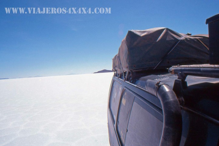 La Cucaracha, the 4wd van of Around the World in 10 Years, at the immense Salt Pan of Uyuni, bolivia